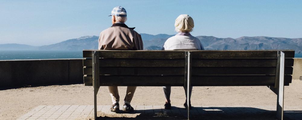 Alte Leute Senioren Bank Inventarisierungssoftware